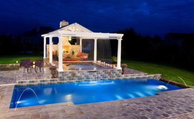 How to update your backyard and poolside