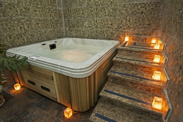 How to buy a hot tub
