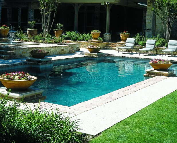 Planning a pool remodeling project
