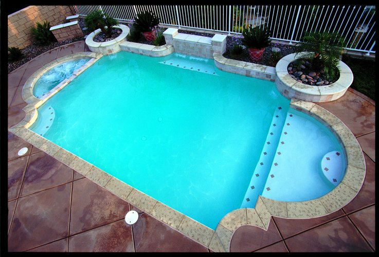 What is a fiberglass pool