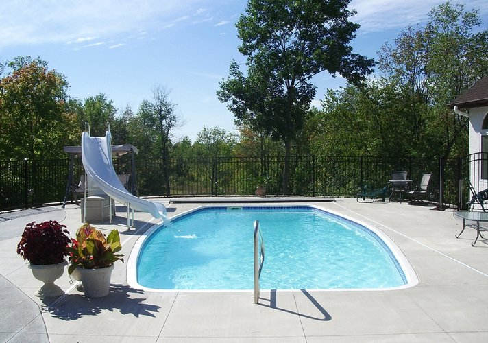 3 benefits of vinyl liner swimming pools
