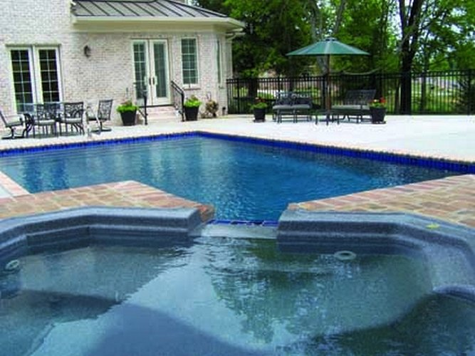 Is there something wrong with the pool pump?