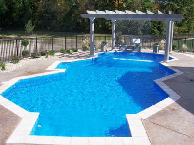 Vinyl liner pool pictures best pool builder champaign for Putting shock in pool
