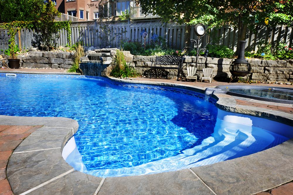 Reasons to build your pool in the off-season